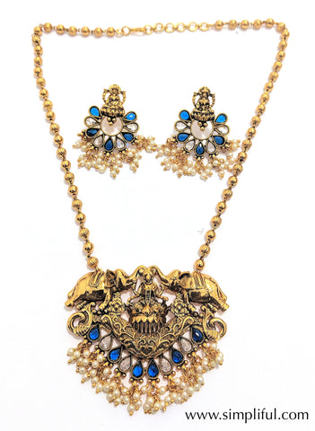 Traditional Goddess Lakshmi Pendant necklace and Earring set - Simpliful