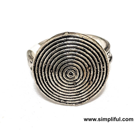Oxidized Multi cirlce Adjustable Finger ring