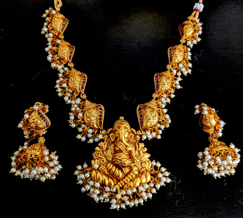 Lord Ganesha Pendant with shell pearl cluster choker necklace and earring set