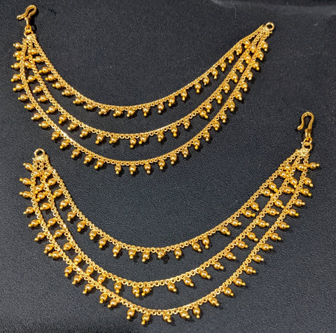 Bright gold finish triple layered ear chain / Maatal
