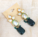 Center oval Kundan stone with natural stone Earring