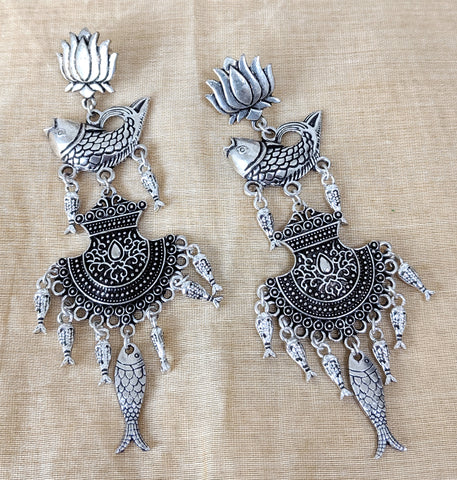Antique silver finish long earring