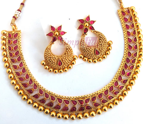 Traditional kemp stone studded choker necklace and ramleela earring set