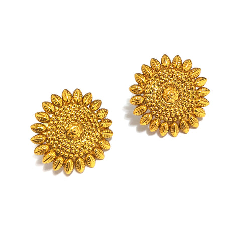 Spike design Traditional Gold stud Earring