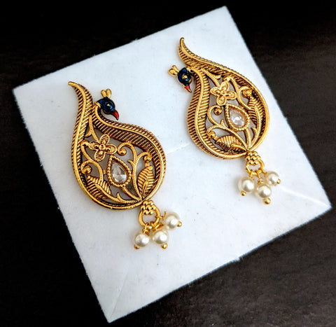 Peacock gold finish Stud earring