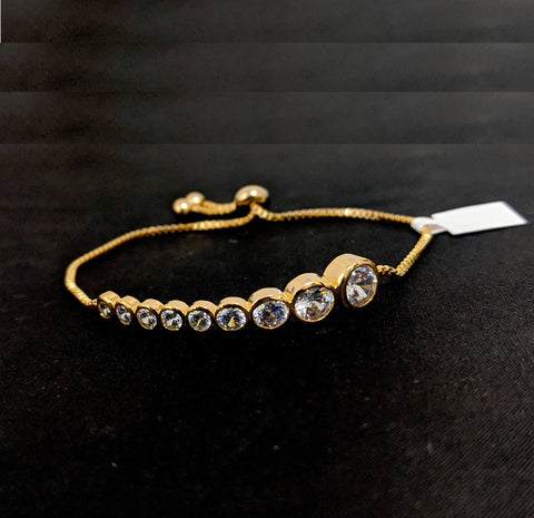 Different sized circle with white cz stone gold finish adjustable Bracelet
