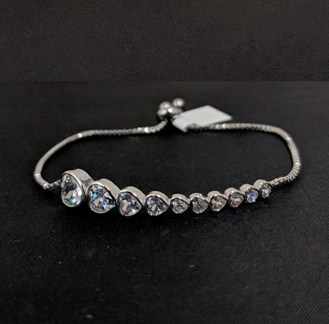 Platinum finish different size heart lined up CZ stone Adjustable Bracelet