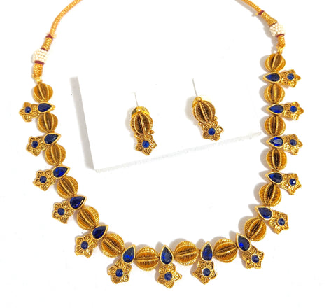 Half ball with flower design gold plated choker necklace and earring set