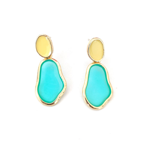 Enamel work stud with transparent resin sheet filled geometric shape earring