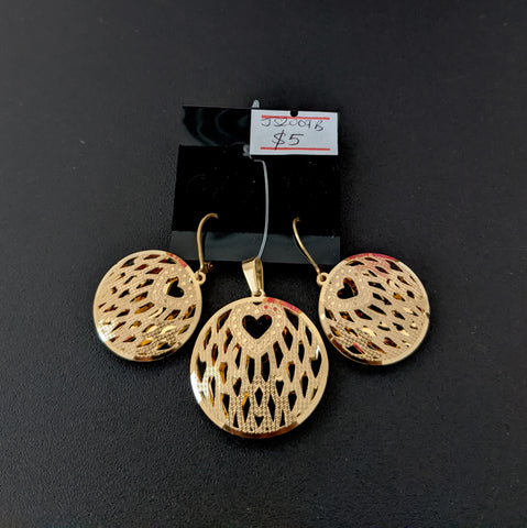 Flimsy gold plated stainless steel pendant and earring set