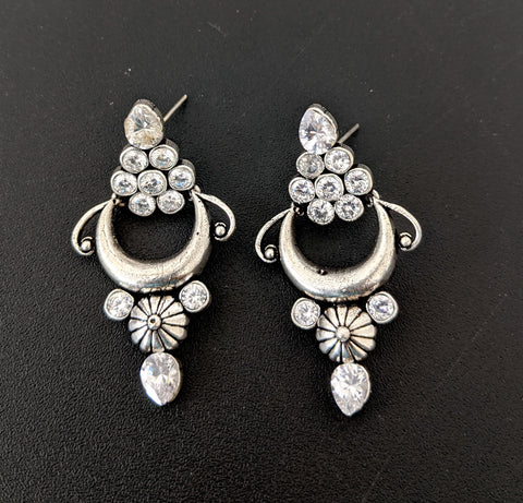 Oxidized White CZ stone fashion earring