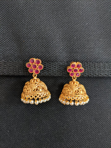 Matte gold Kemp stone Small Jhumka Earrings