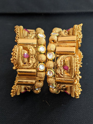 Elephant design Antique gold Broad bangles