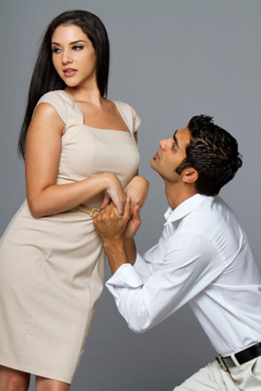 How to Attract Men: 5 Ways to Make a Man Attracted to You