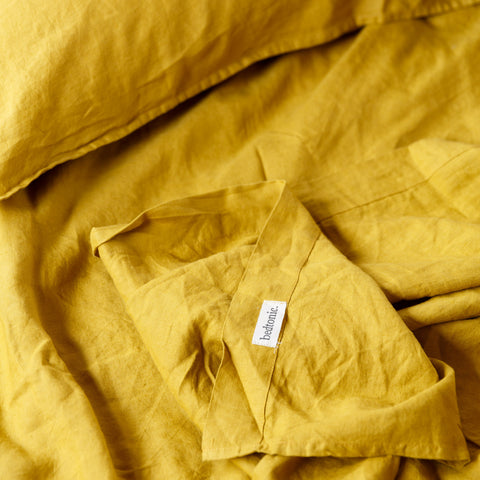 SHEET SET | Ochre linen by bedtonic