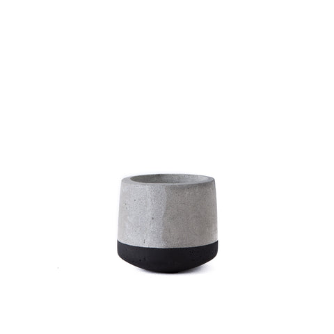 PLANTER | Cement Black by SLH