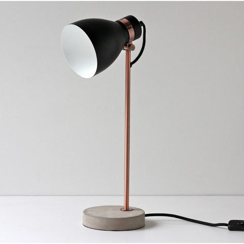 TABLE LAMP | osca in black, copper + concrete
