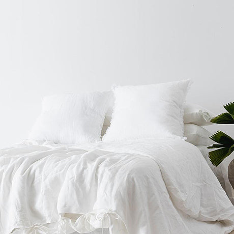 EURO SET | white linen by the beach people
