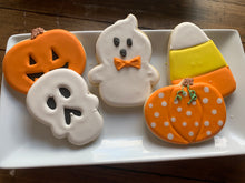 Load image into Gallery viewer, Halloween Cookie class # 2 @ Center Court Pizza 10/22/19 6:00-8:00PM