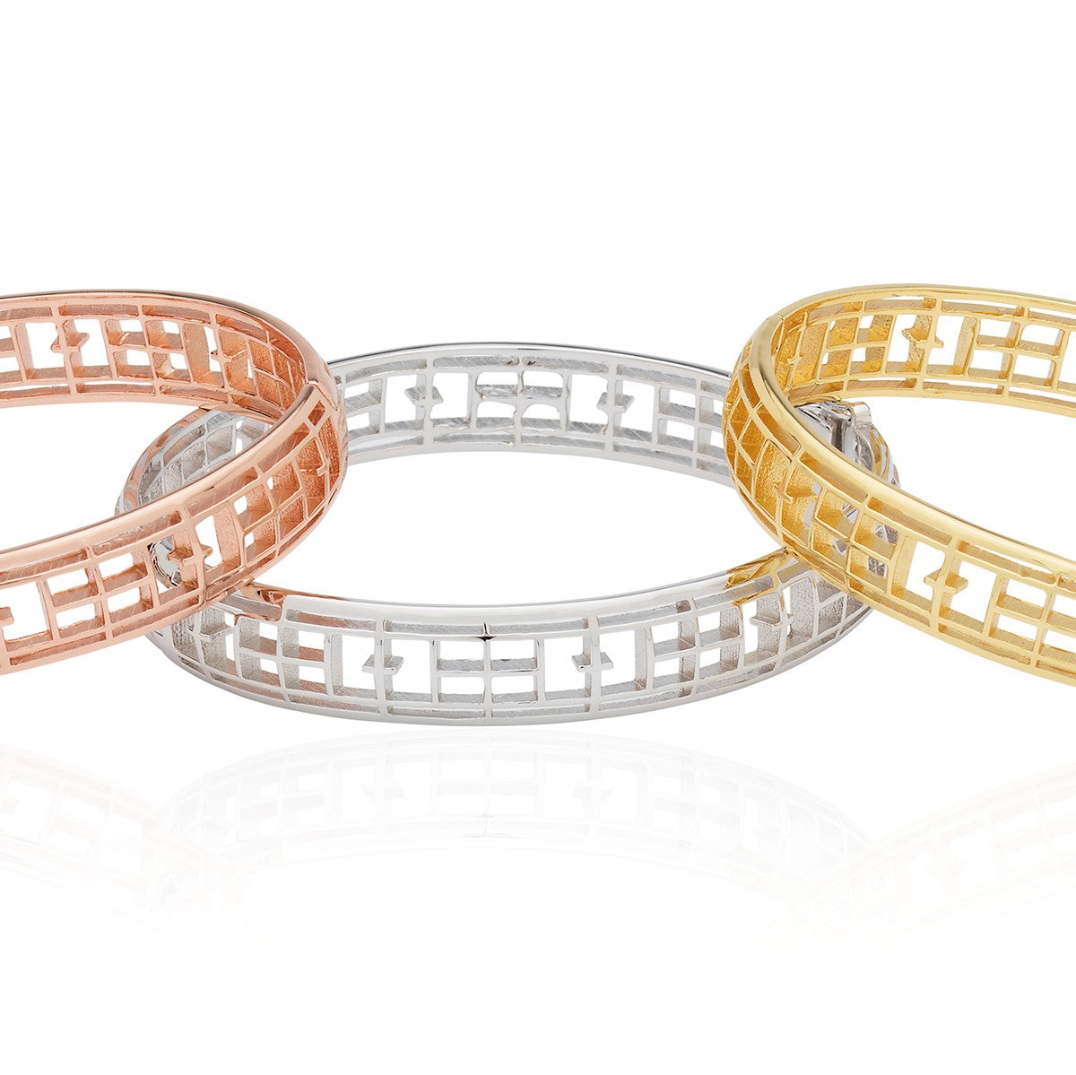 Calling the Lines Oval Bangle