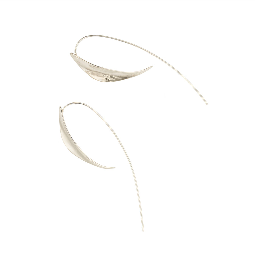 Organic curved earrings silver