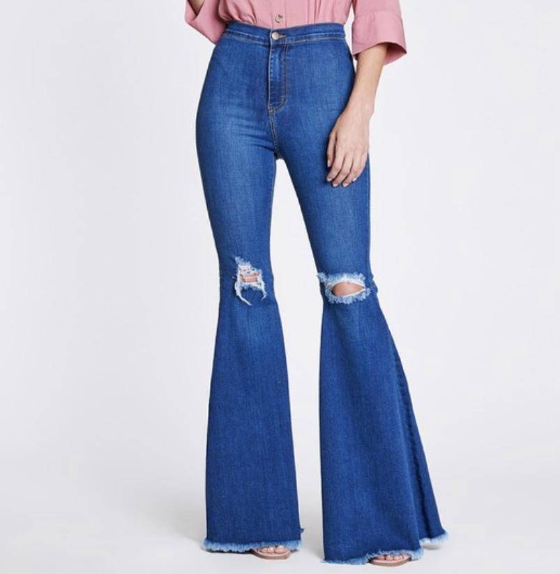EXTRA BELL BOTTOM JEANS- Medium wash - LaPerlaMX