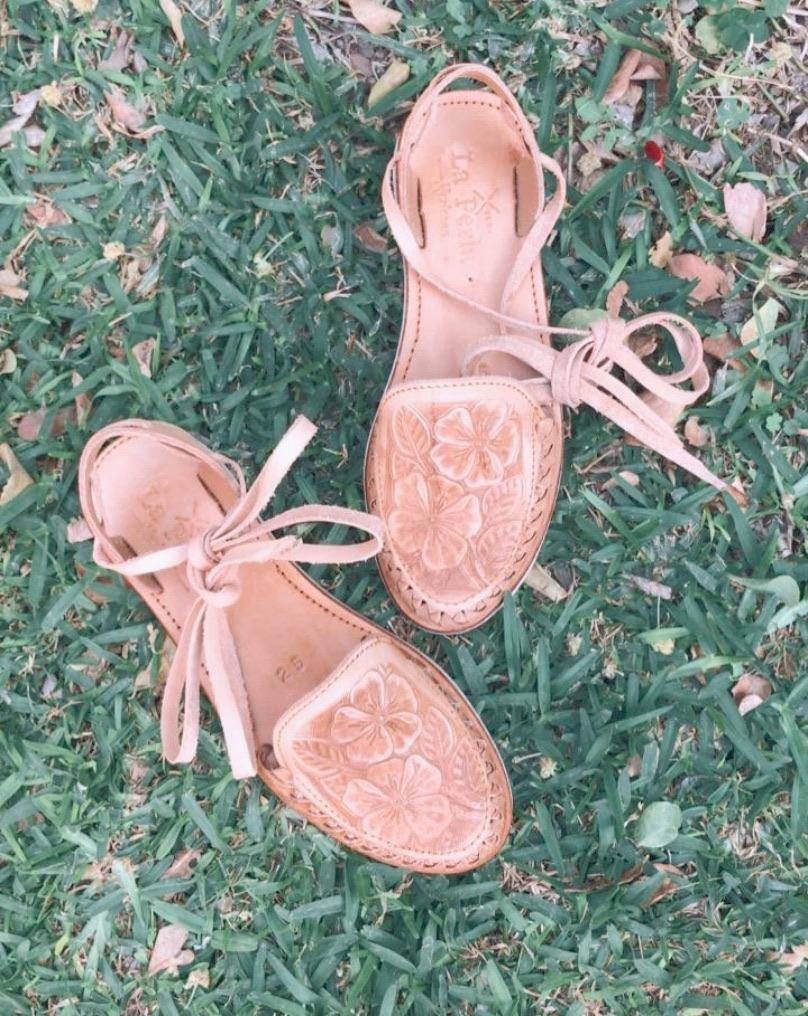 Flores De Arroyo Tan Lace-Up Huarache Sandals - LaPerlaMX