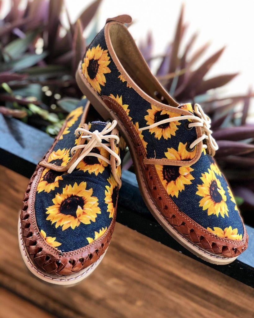 Girasol Jean Huarache Loafer - LaPerlaMX, ,[Mexican_Huaraches], [Huarache_Sandals], [Huaraches_Mexicanos], [Lace-up_Huaraches], [Leather_Huaraches], [Leather_sandals], [Handmade_sandals], [Handmade_Huaraches], [Mexican_Dresses], [Mexican_Clothing], [Mexican_shoes], [Mexican_Sandals], [women's_huarche_sandals], [Handwoven_Sandals]