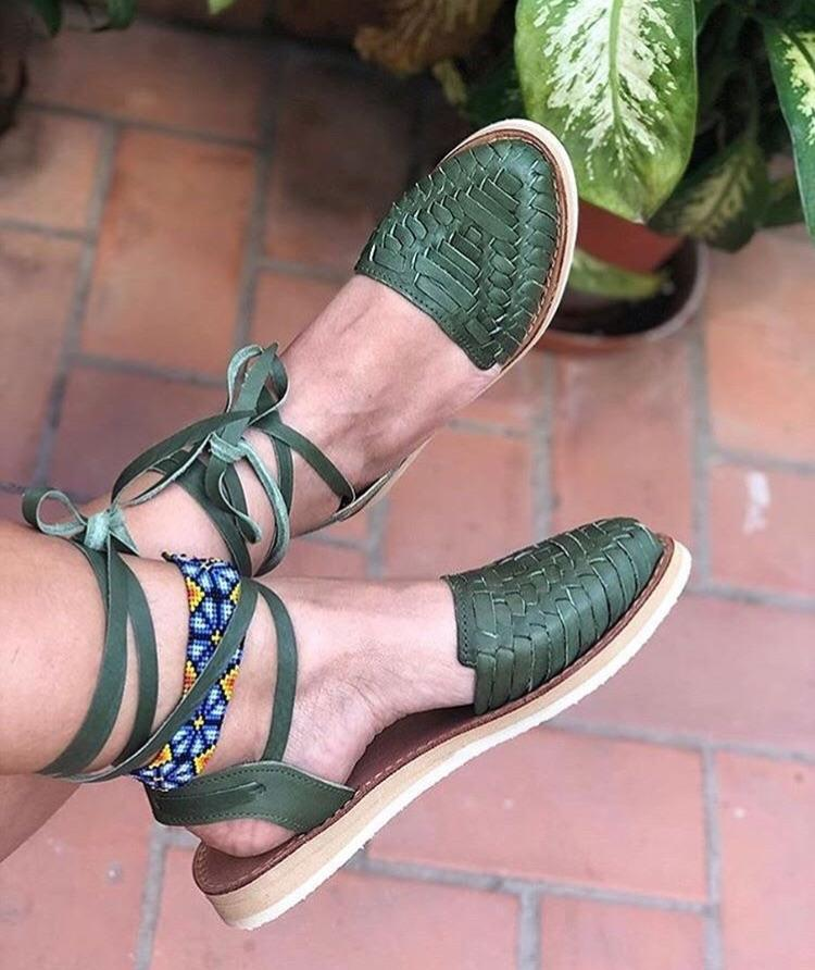 La Perla Emerald Lace-Up Huarache Sandals - LaPerlaMX