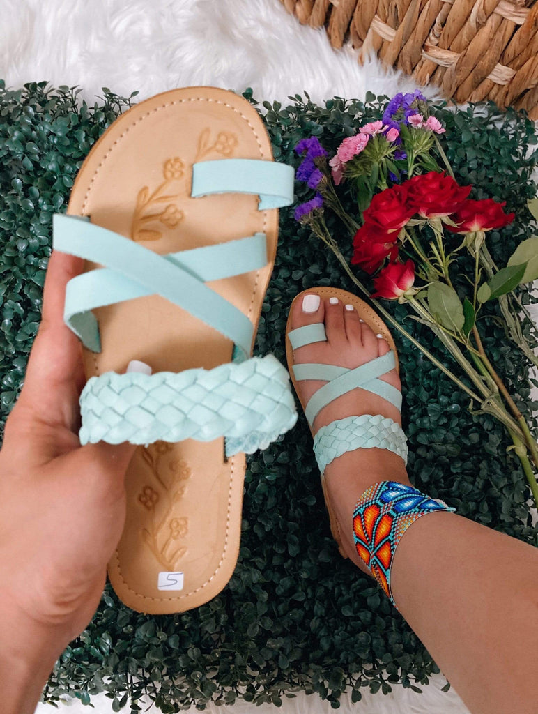 La Santa Changla Mint - LaPerlaMX, ,[Mexican_Huaraches], [Huarache_Sandals], [Huaraches_Mexicanos], [Lace-up_Huaraches], [Leather_Huaraches], [Leather_sandals], [Handmade_sandals], [Handmade_Huaraches], [Mexican_Dresses], [Mexican_Clothing], [Mexican_shoes], [Mexican_Sandals], [women's_huarche_sandals], [Handwoven_Sandals]