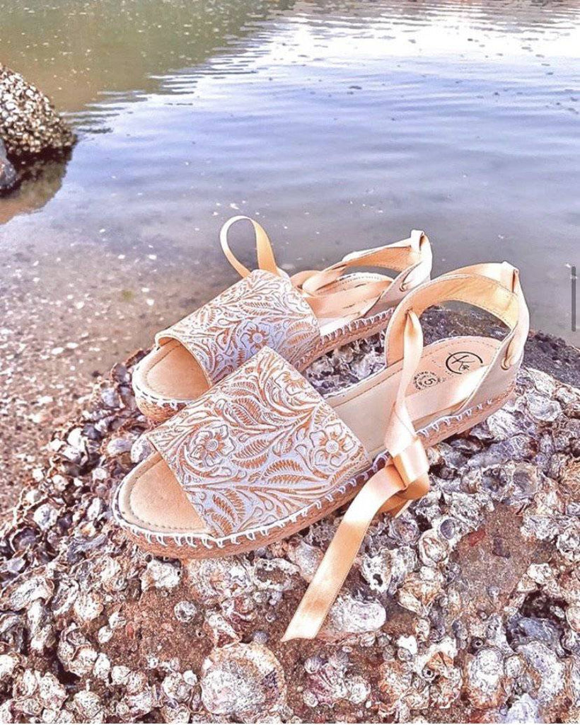 Olmeca Lace-Up Huarache Sandals - LaPerlaMX
