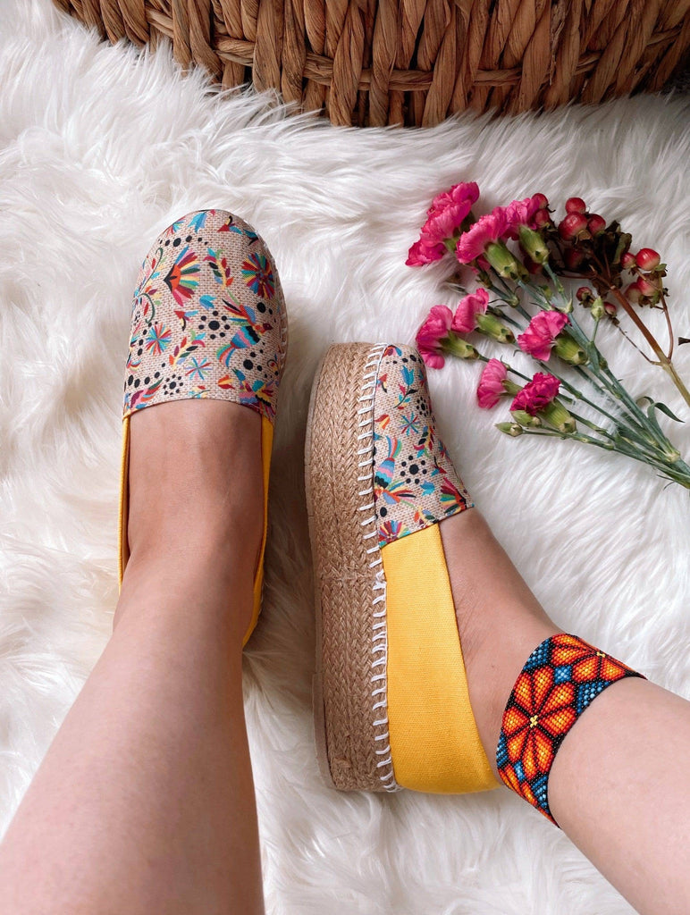 Otomi-Amarillo 💛 - LaPerlaMX, ,[Mexican_Huaraches], [Huarache_Sandals], [Huaraches_Mexicanos], [Lace-up_Huaraches], [Leather_Huaraches], [Leather_sandals], [Handmade_sandals], [Handmade_Huaraches], [Mexican_Dresses], [Mexican_Clothing], [Mexican_shoes], [Mexican_Sandals], [women's_huarche_sandals], [Handwoven_Sandals]