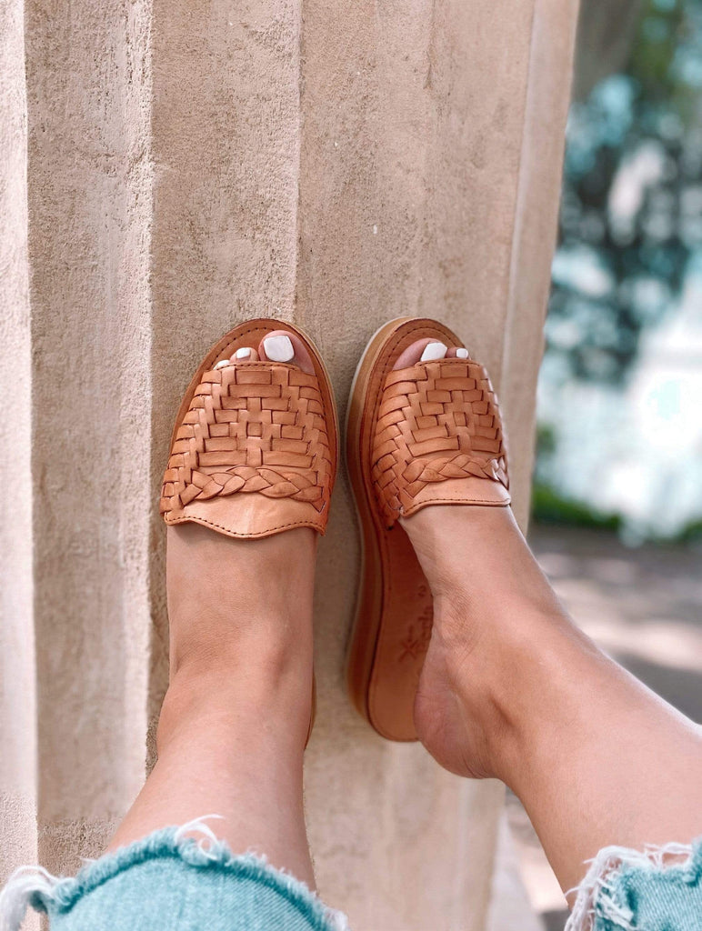 Trenza Tan Huarache Slide Sandals - LaPerlaMX