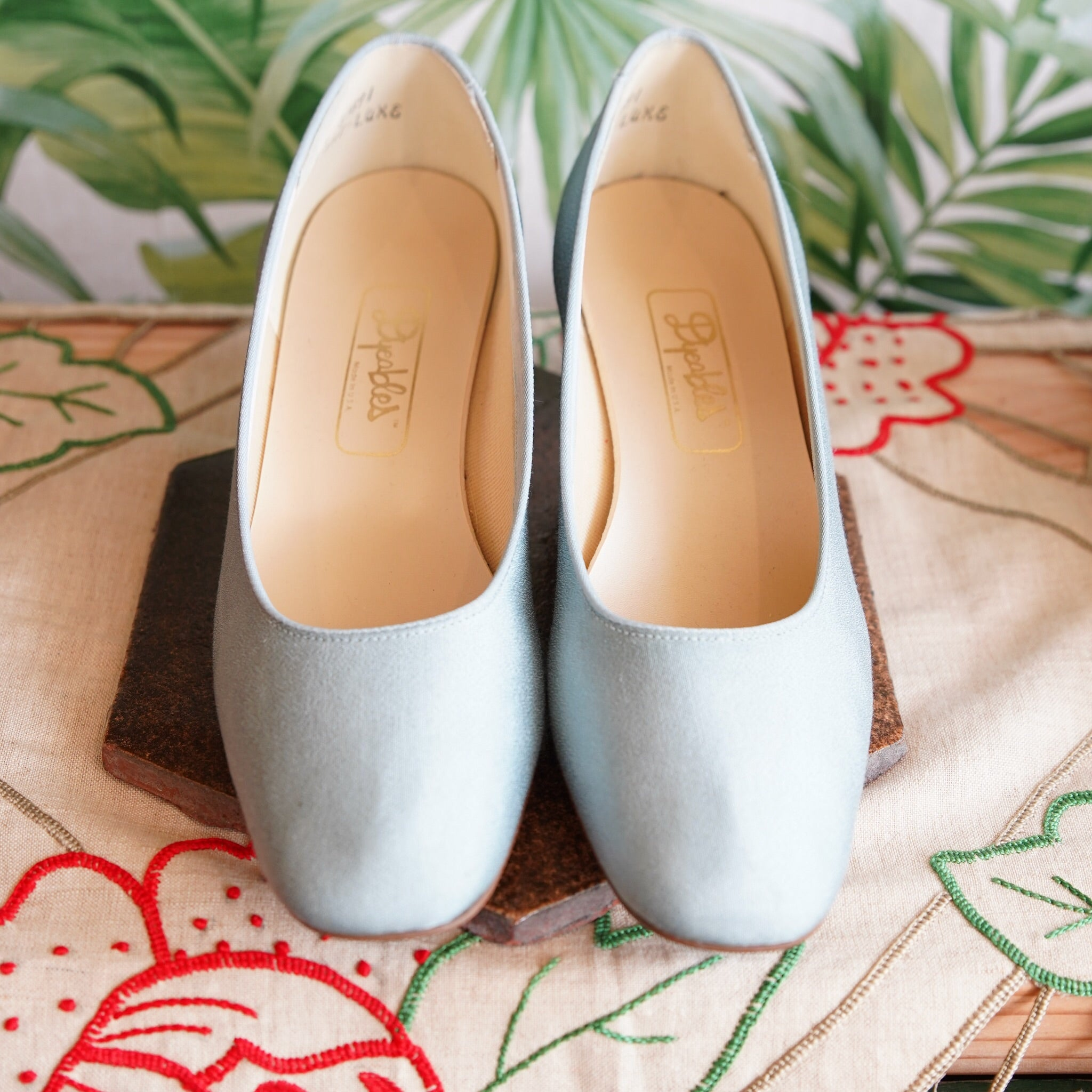 Baby Blue Dyeables shoes size 8