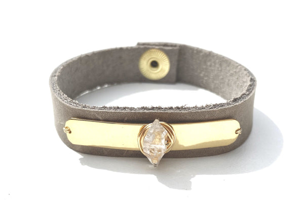 Gold Tag Snap Bracelet
