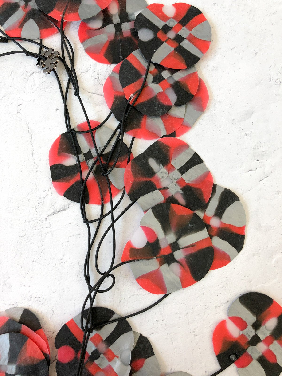 Ekeimenna By Annemieke Broenink - Huge Recycled Pansy Necklace - Red