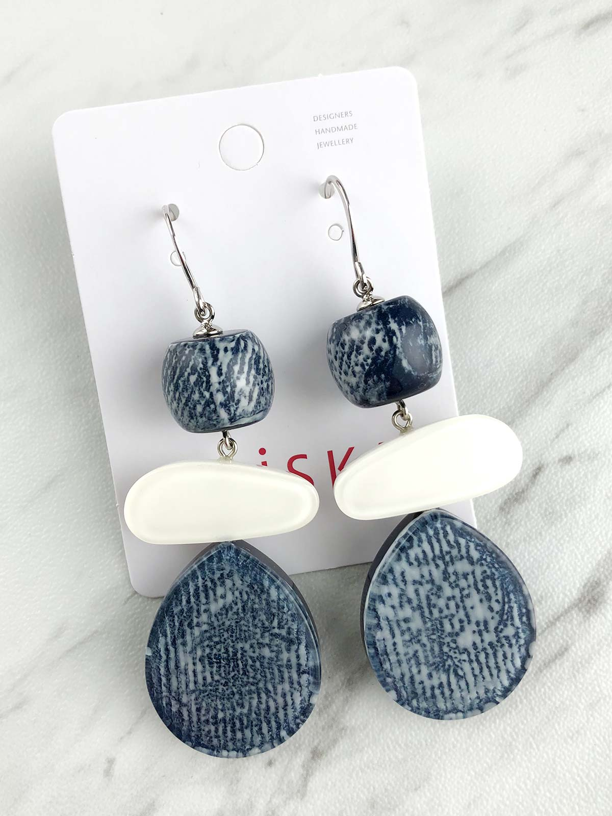 Zsiska - Chambray 3 Drop Wire Earrings - Dark/White
