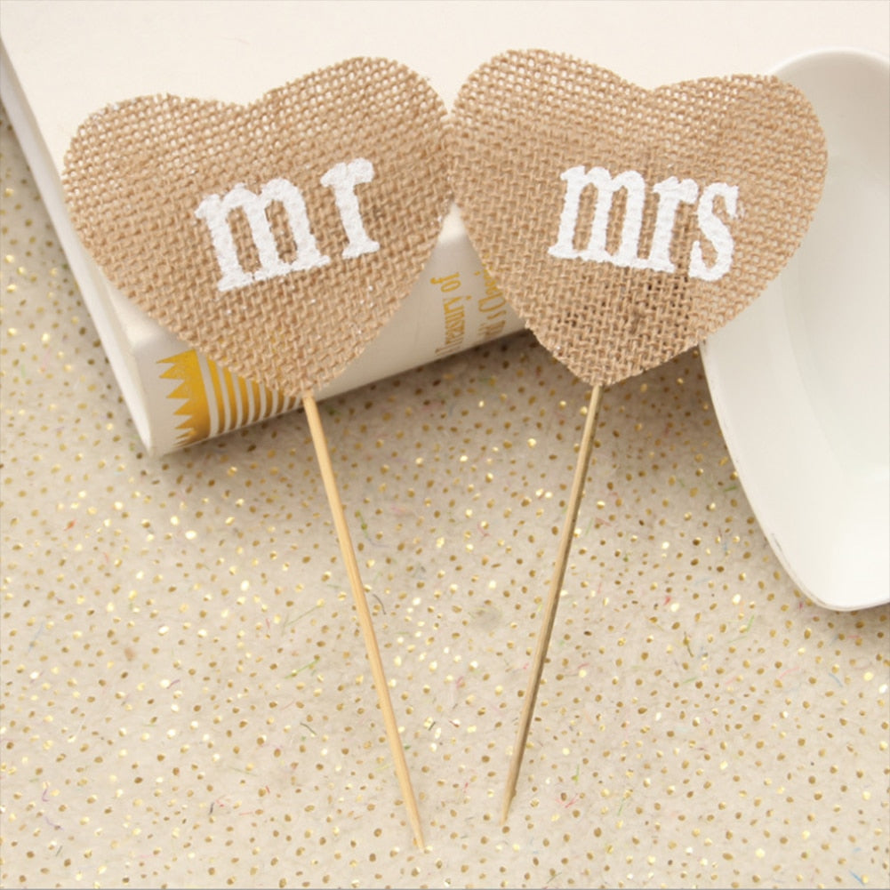 Mini MR & MRS Table Message Heart Place Card