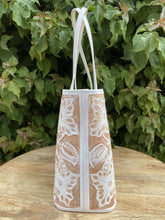 Load image into Gallery viewer, Atl Blanco Hand Tooled Leather Tote