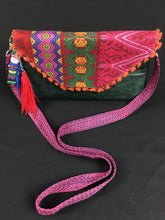 Load image into Gallery viewer, Che Maya Embroidered Leather Clutch Colores Decor