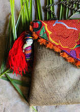 Load image into Gallery viewer, Flores Chiapas Embroidered Leather Clutch Colores Decor