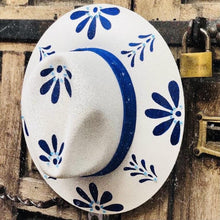 Load image into Gallery viewer, Hand Painted Fedora Hat- Talavera Straw Hat CoLores Decor | Mexican Artisan Fashion & Design