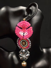 Load image into Gallery viewer, Ireri Flower Mexican Handmade Bead Earrings