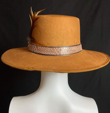 Load image into Gallery viewer, La Gaonera Mexican Artisan Boater Hat