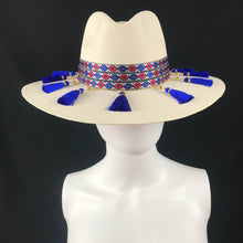 Load image into Gallery viewer, La Jefa Handmade Panama Beach Hat Colores Decor