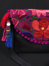 Load image into Gallery viewer, Morad Chiapas Embroidered Leather Clutch Colores Decor