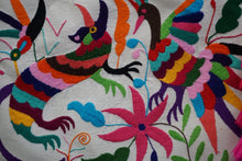 Load image into Gallery viewer, Otomi Tenango de Doria Embroidered 20 iPad/Laptop Leather Sleeve Colores Decor