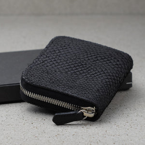 Zipper wallet black salmon leather