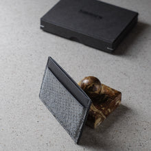 Load image into Gallery viewer, Sibirien stockholm gray salmon leather minimalist card holder