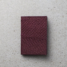 Load image into Gallery viewer, Sibirien stockholm salmon fish leather card holder Bordeaux
